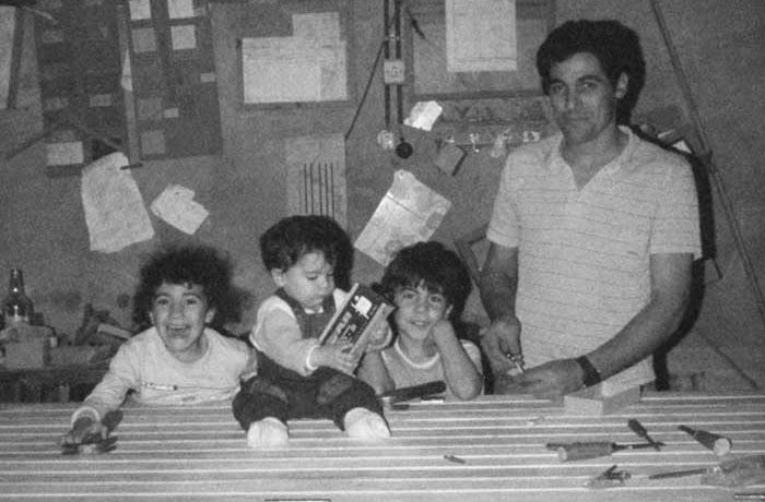 Fotografía año 1990, Elbio Soca e hijos.